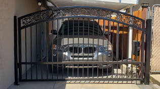 residential driveway gate 1