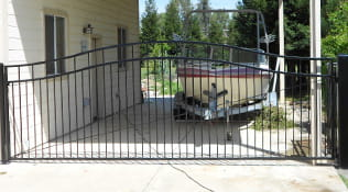 residential driveway gate 4